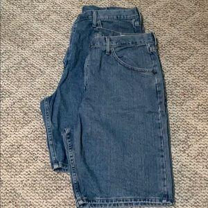 Two pair of Men's Wrangler Shorts Size 38